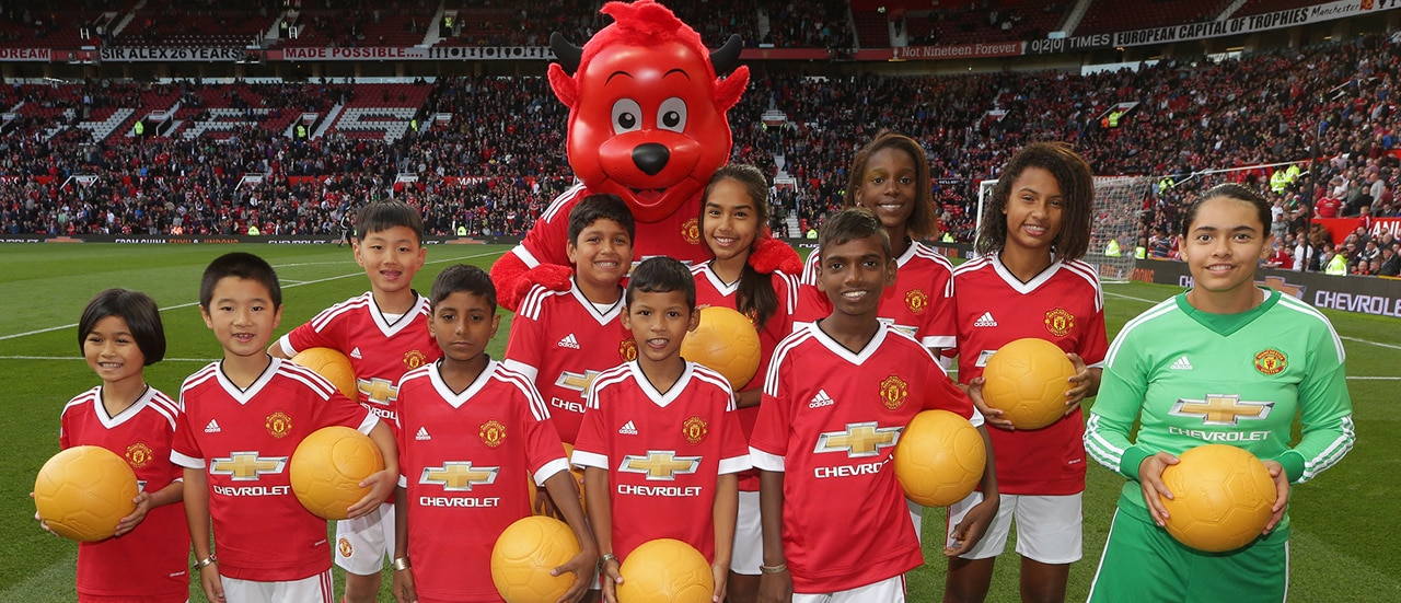 Chevrolet's Beautiful Possibilities Program Puts Two Children from Thailand in Spotlight for Manchester United Match